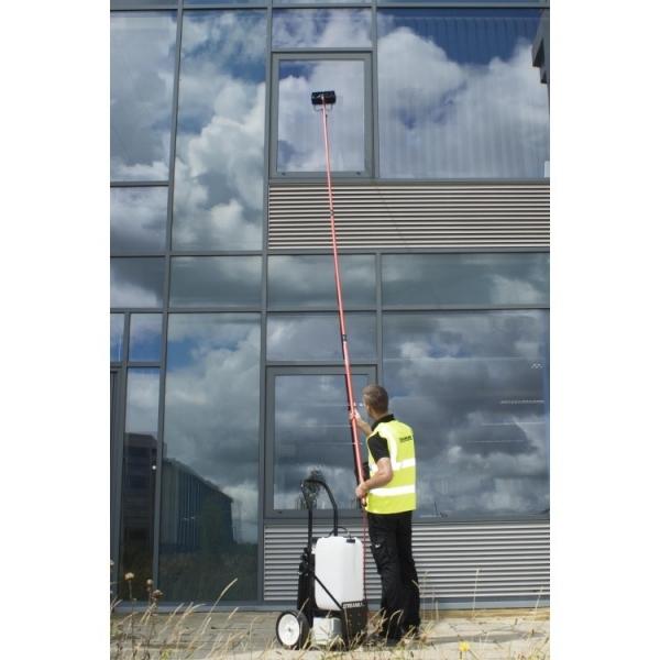 Оборудование для высотной мойки фасадов окон и витрин STREAMLINE-SF-TR25-072 бак 25 литров