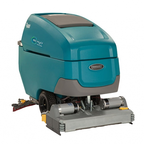 Поломоечная машина Tennant T600-700-C литий
