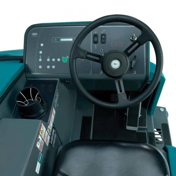 Поломоечная машина Tennant T20 Diesel Disc